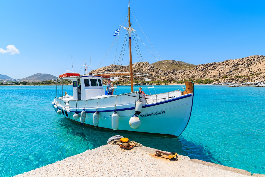 Toate Panzele Sus In Golful Saronic