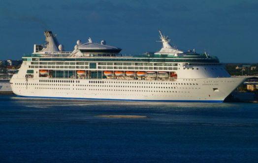 Croaziere Bermuda Paralela 45