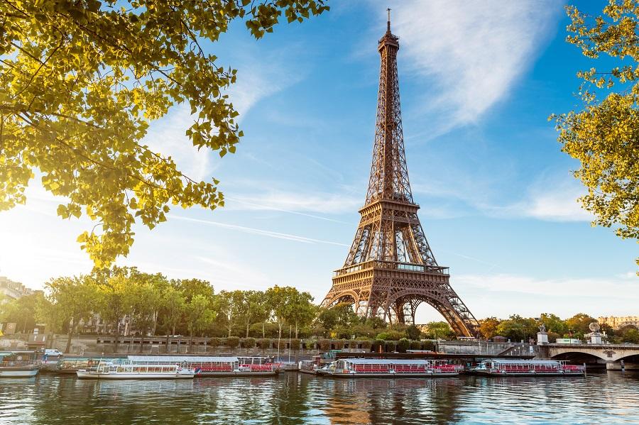 Paris, Plecare Din Iasi - Revelion 2020