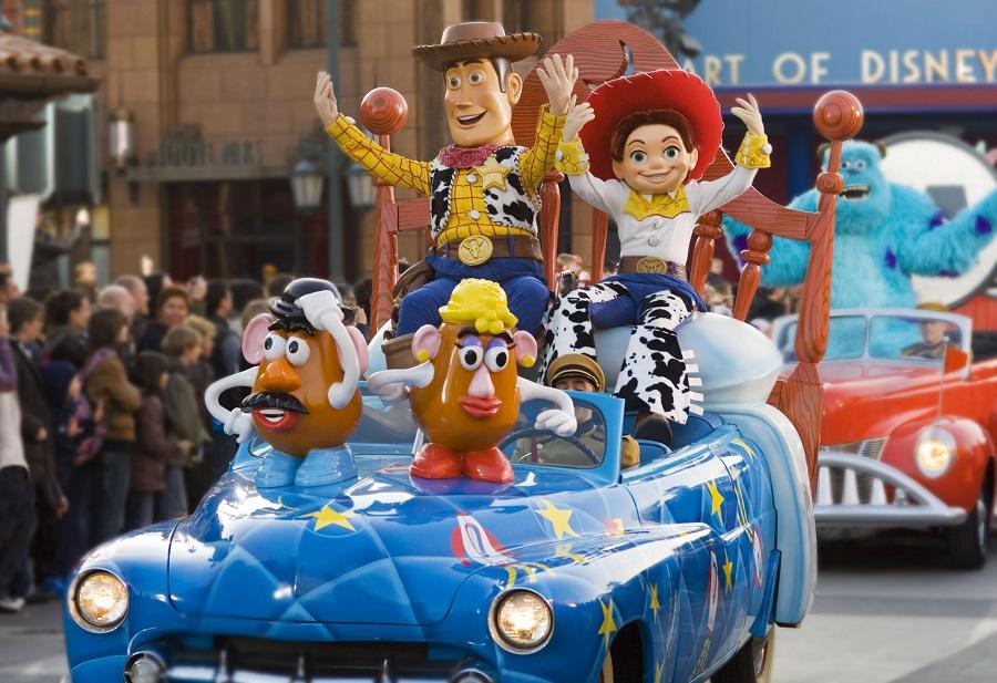 Disneyland Paris 2020 - Magia Personajelor Din Desenele Animate