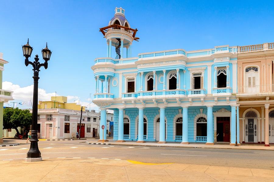 Cuba 2021 - Rom, Trabucuri, Muzica, Veselie Si Culoare