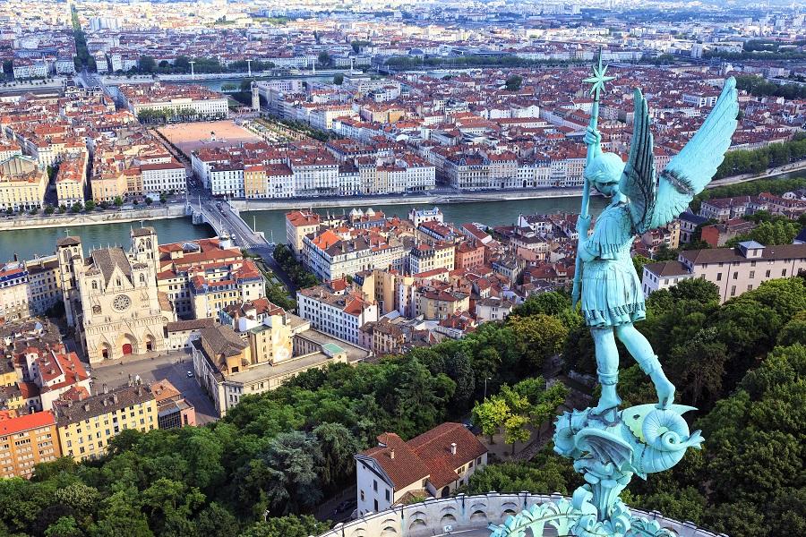 Franta - Burgundia Si Champagne 2020