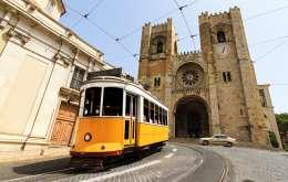 Lisabona 2021 - Orasul Care Te Cucereste In Ritm De Fado